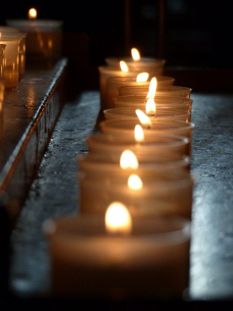 Kerzen im Dom von Verona