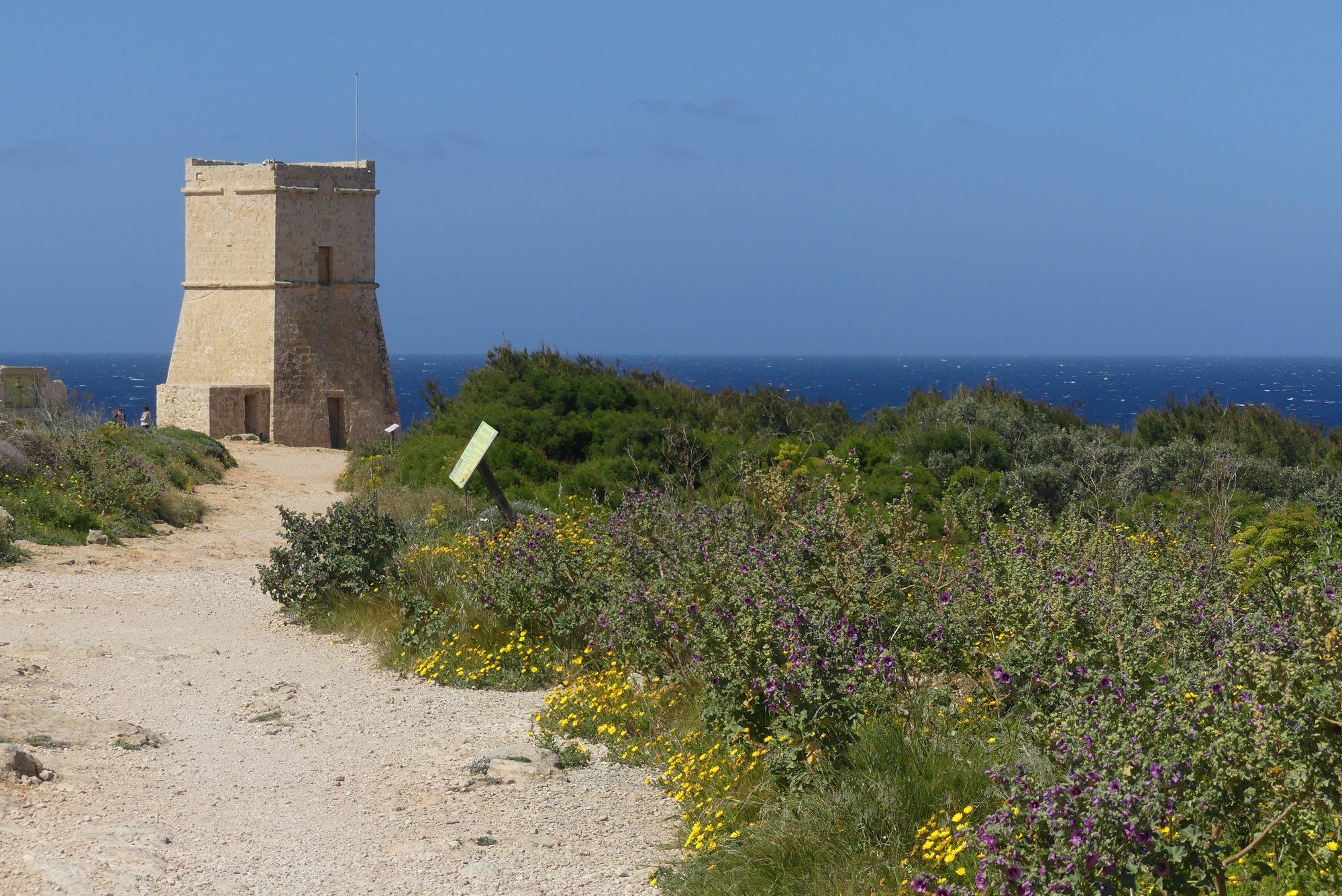 In der Golden Bay Malta