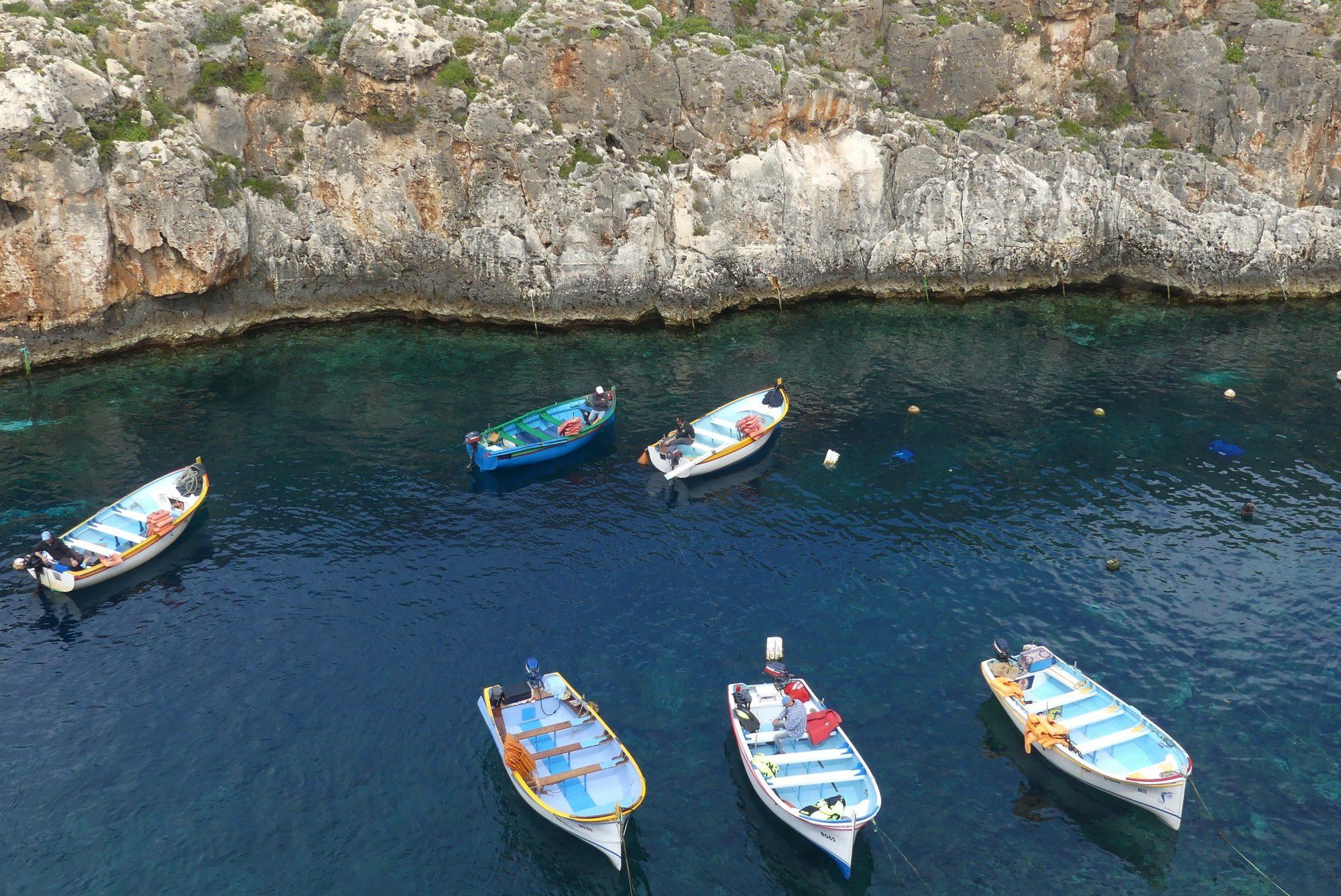Wied Iż-Żurrieq in der Nähe der Blue Grotto Malta