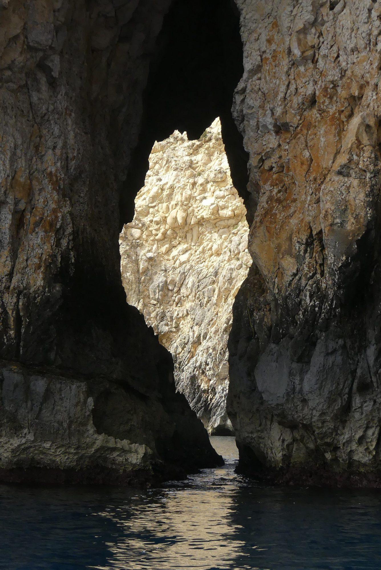 Bootsfahrt durch die Blue Grotto
