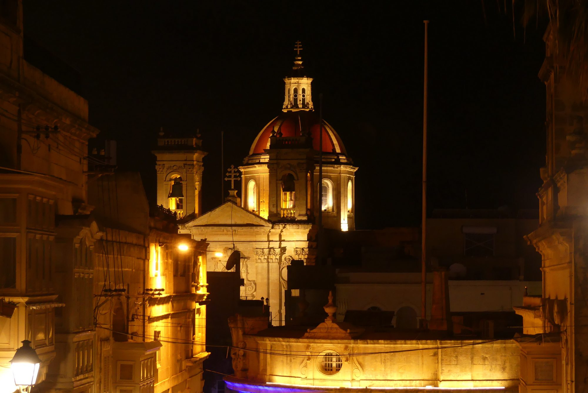 Altstadt von Victoria am Abend Gozo Malta