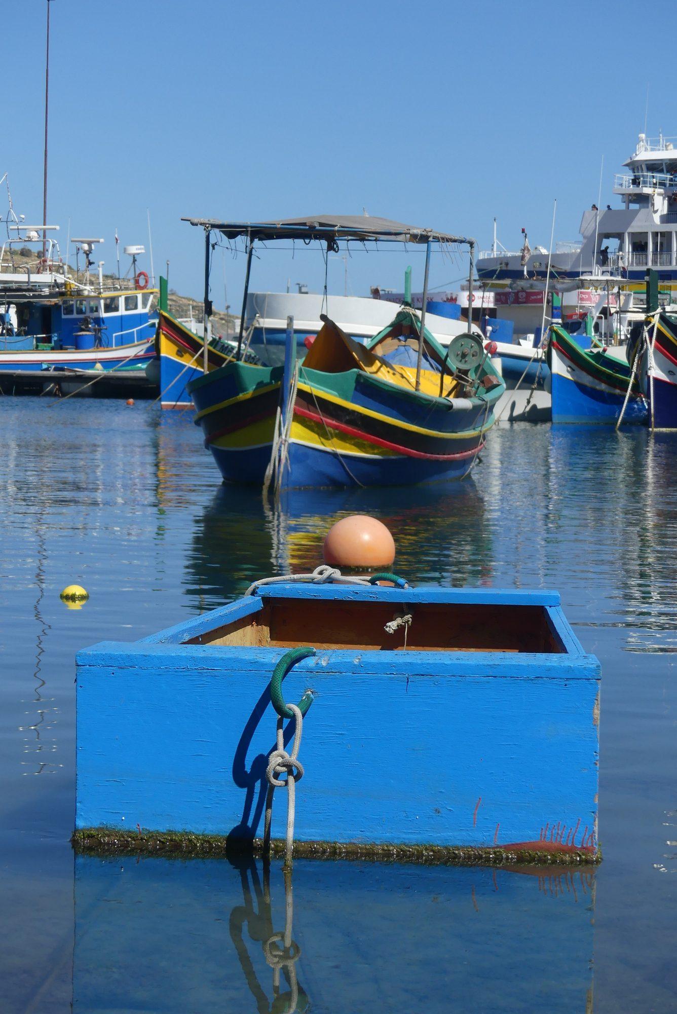 Boote im Hafen von Mgarr auf Gozo Malta