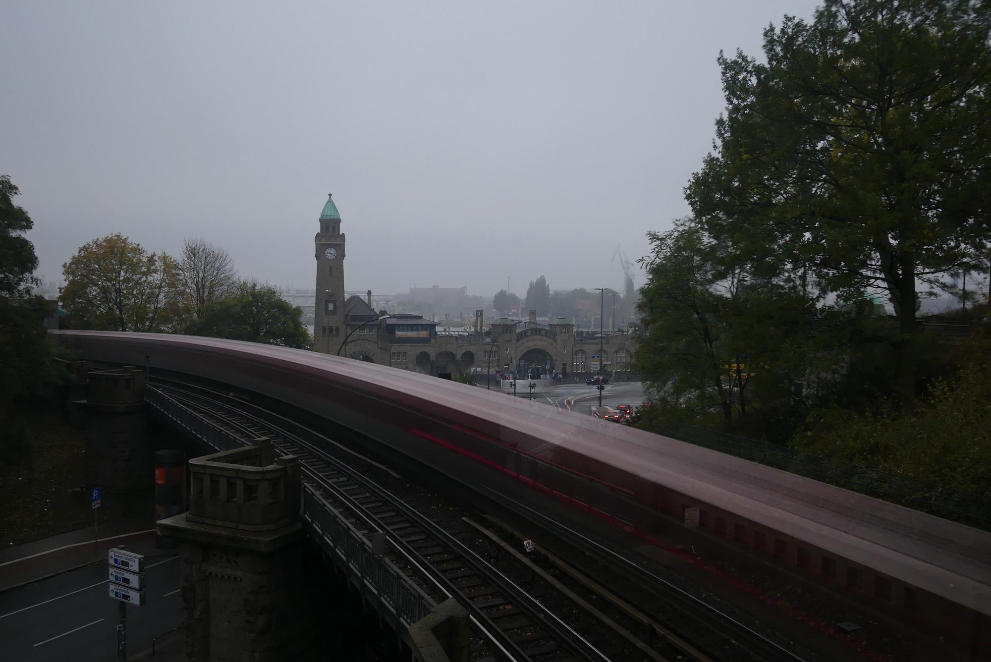 Hamburg U-Bahn-Brücke Landungsbrücken