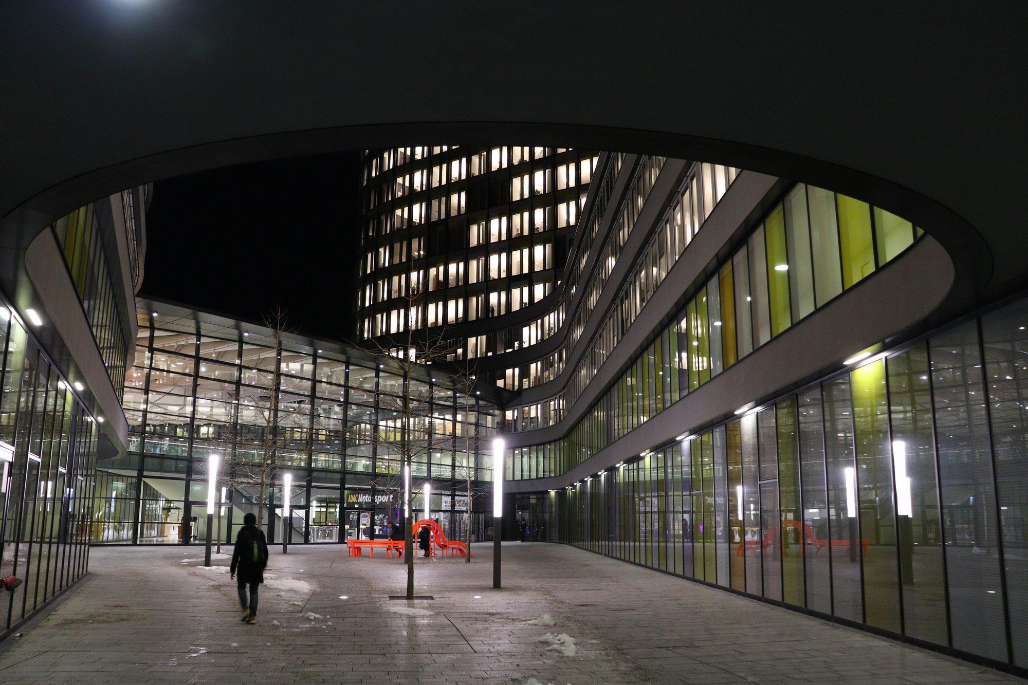 Innenhof der ADAC-Zentrale in München