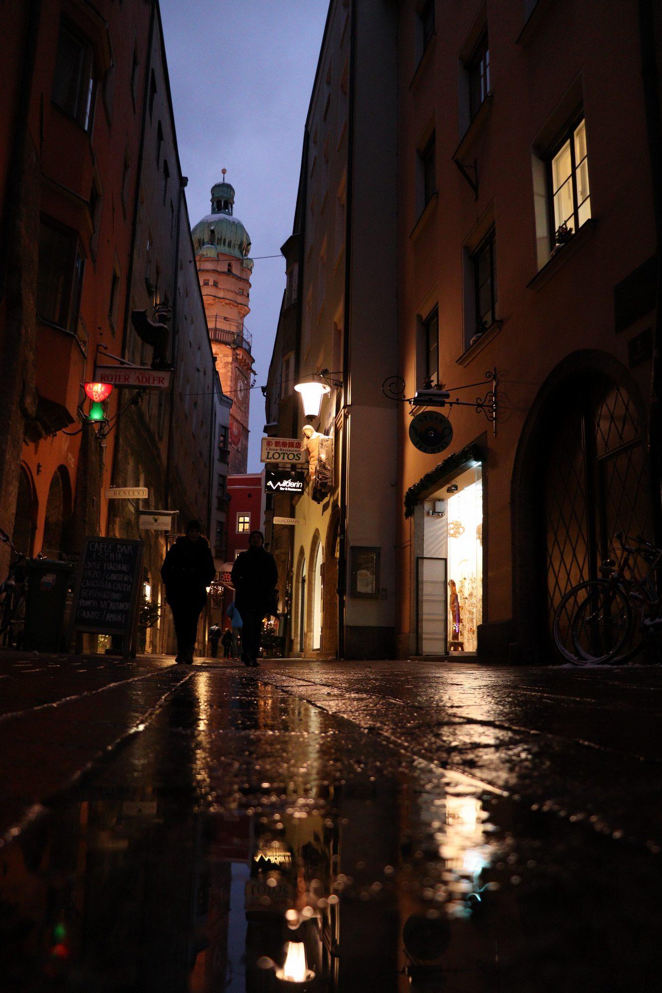 Gasse in der Altstadt von Innsbruck