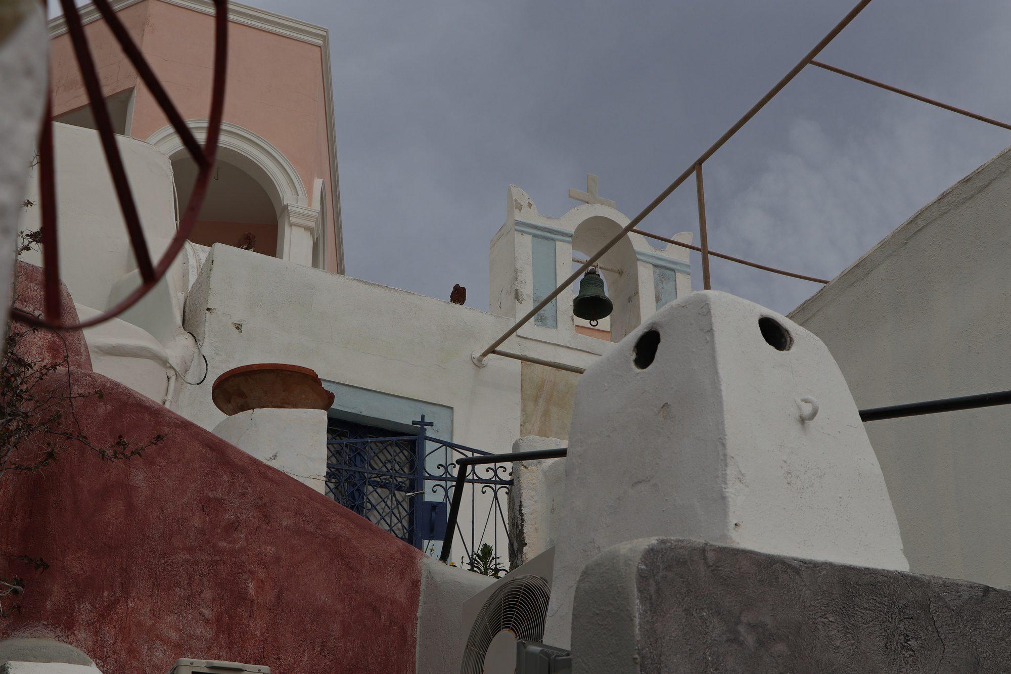 Unterwegs im Dorf Oia auf Santorin