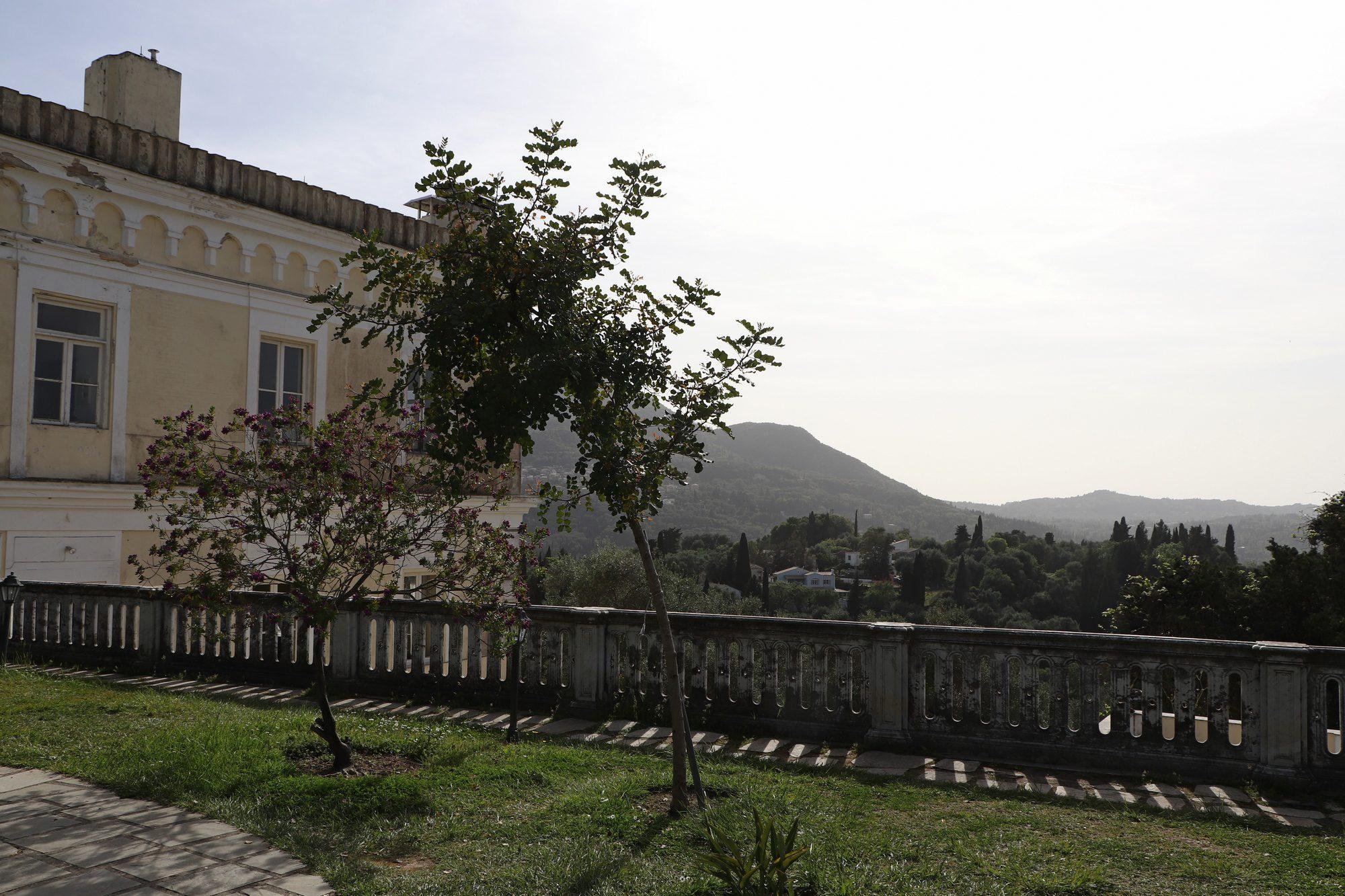 Im Garten des Achilleions auf Korfu