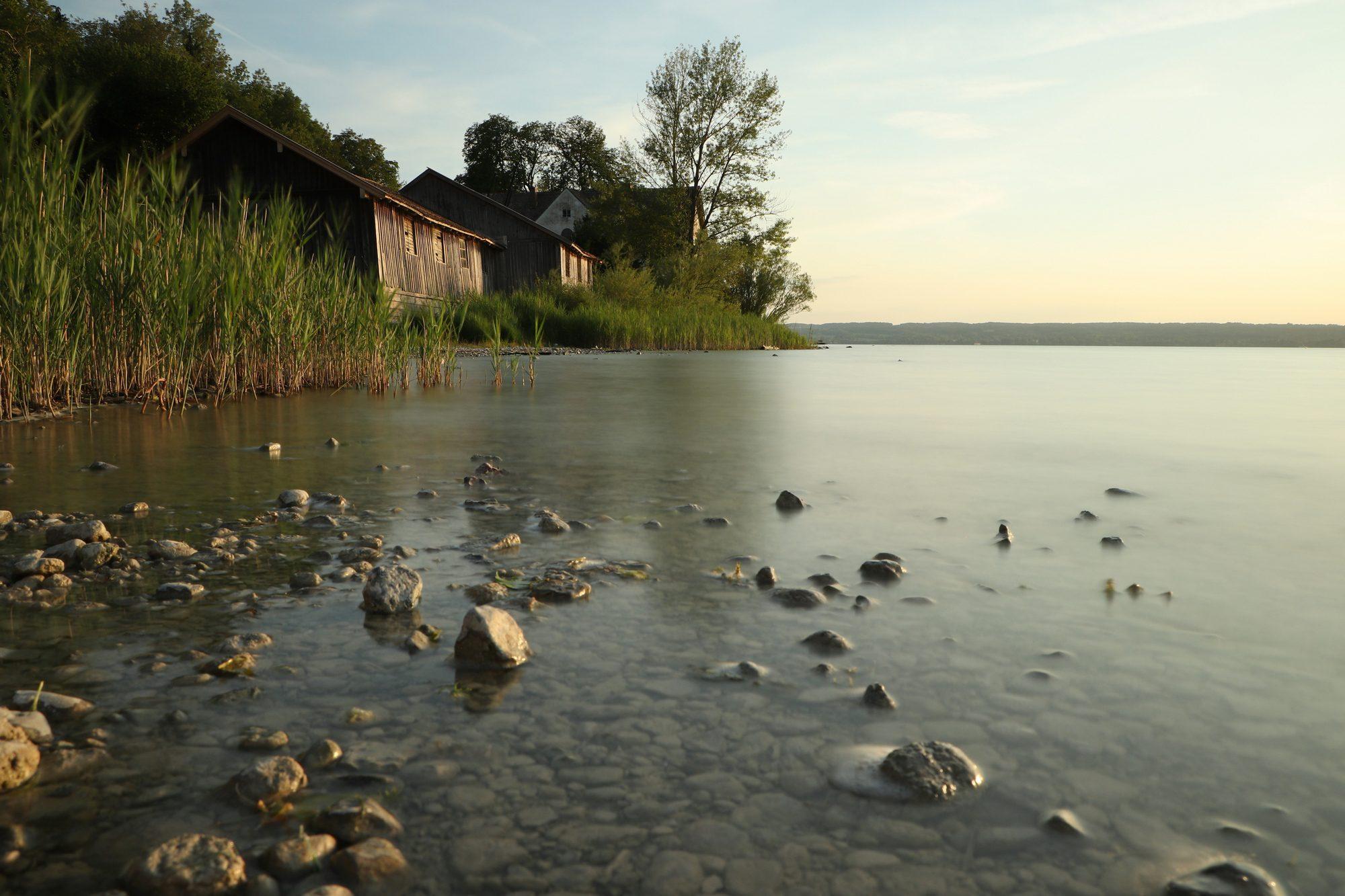 Langzeitbelichtung am Ammersee in Herrsching