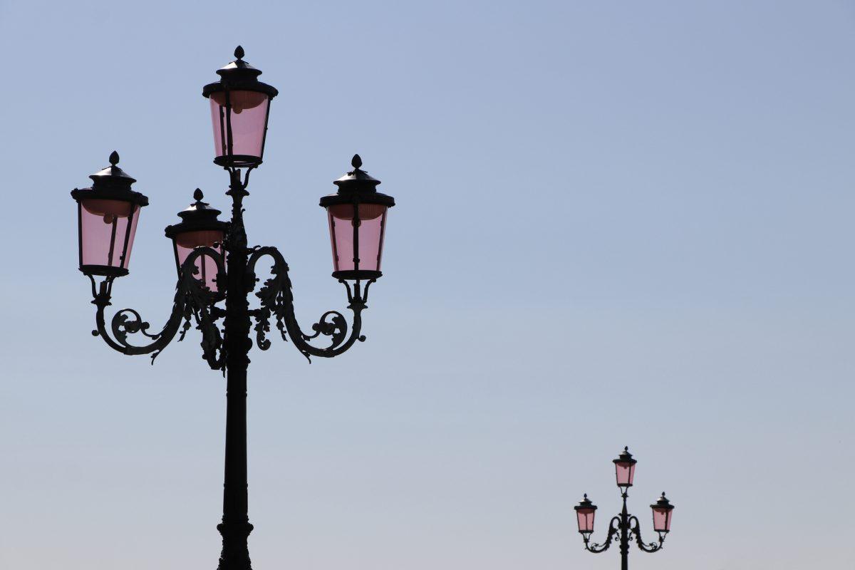 Venedig Markusplatz Straßenlaternen
