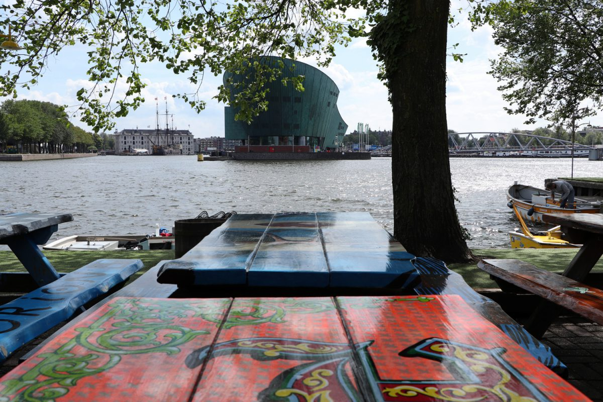 Amsterdam Blick auf das NEMO Science Museum