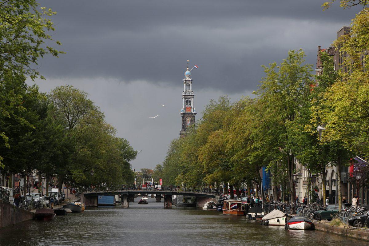 Amsterdam die Westerkerk an der Prinsengracht