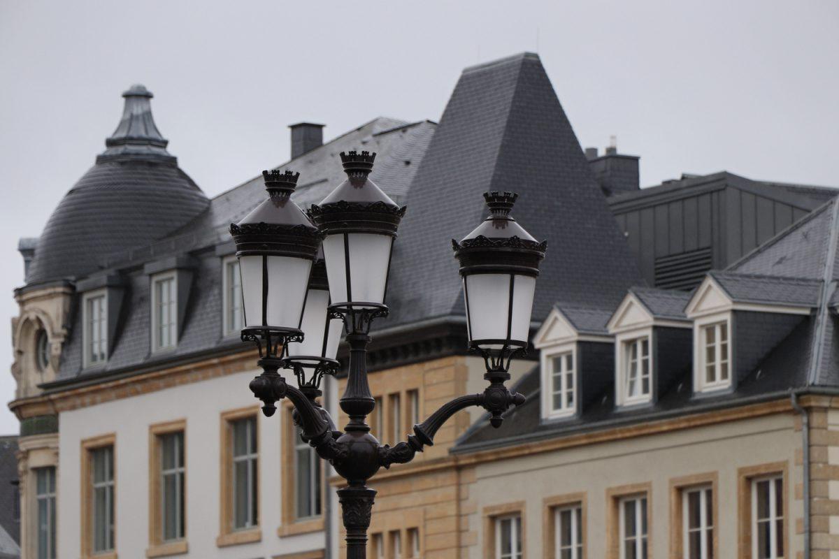 Luxemburg Straßenlaterne in der Oberstadt