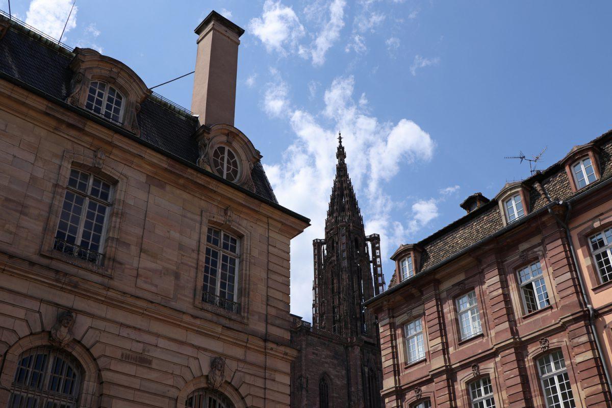 Straßburg Altstadt mit Blick auf das Münster