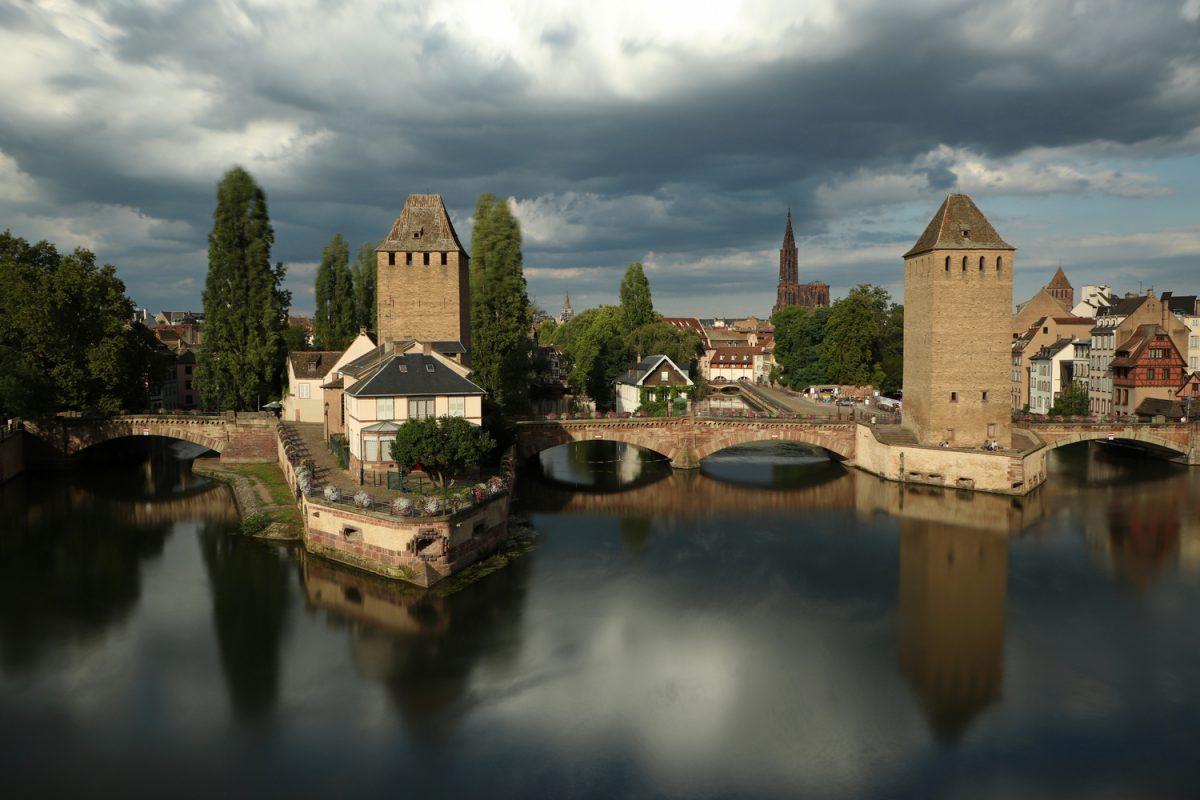 Straßburg Blick von der Barrage Vauban auf Ponts Couverts und die Altstadt