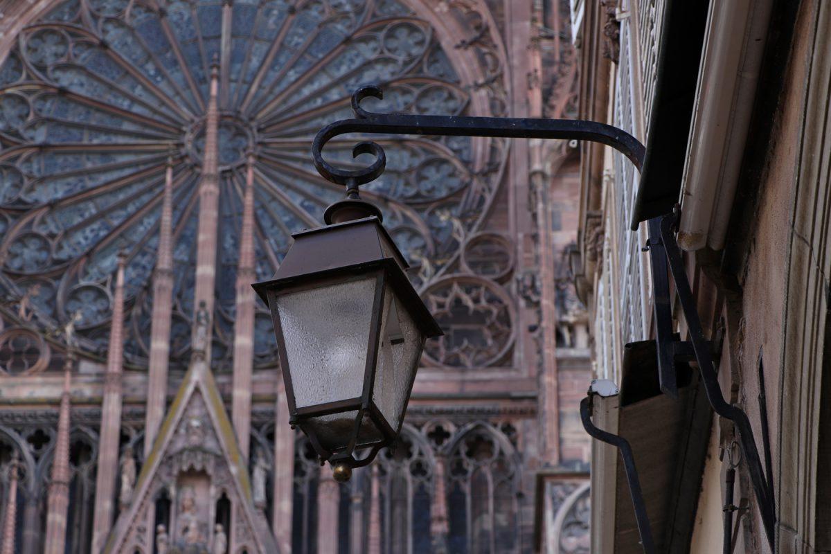 Straßburg Straßenlaterne vor dem Münster