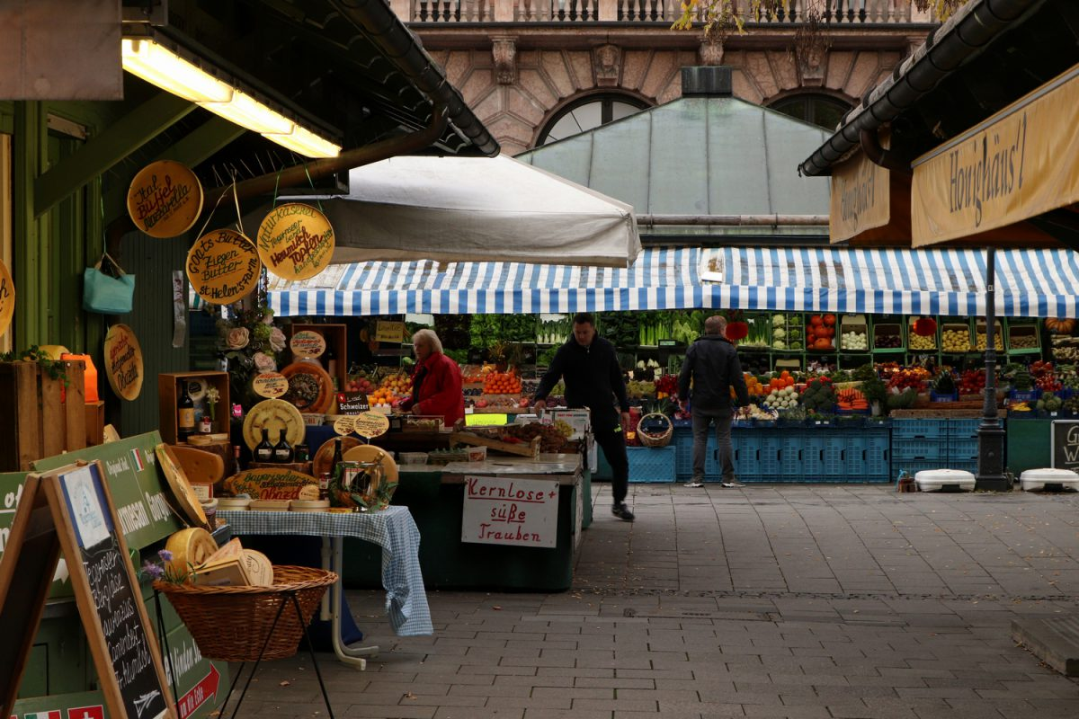 München Viktualienmarkt im Herbst