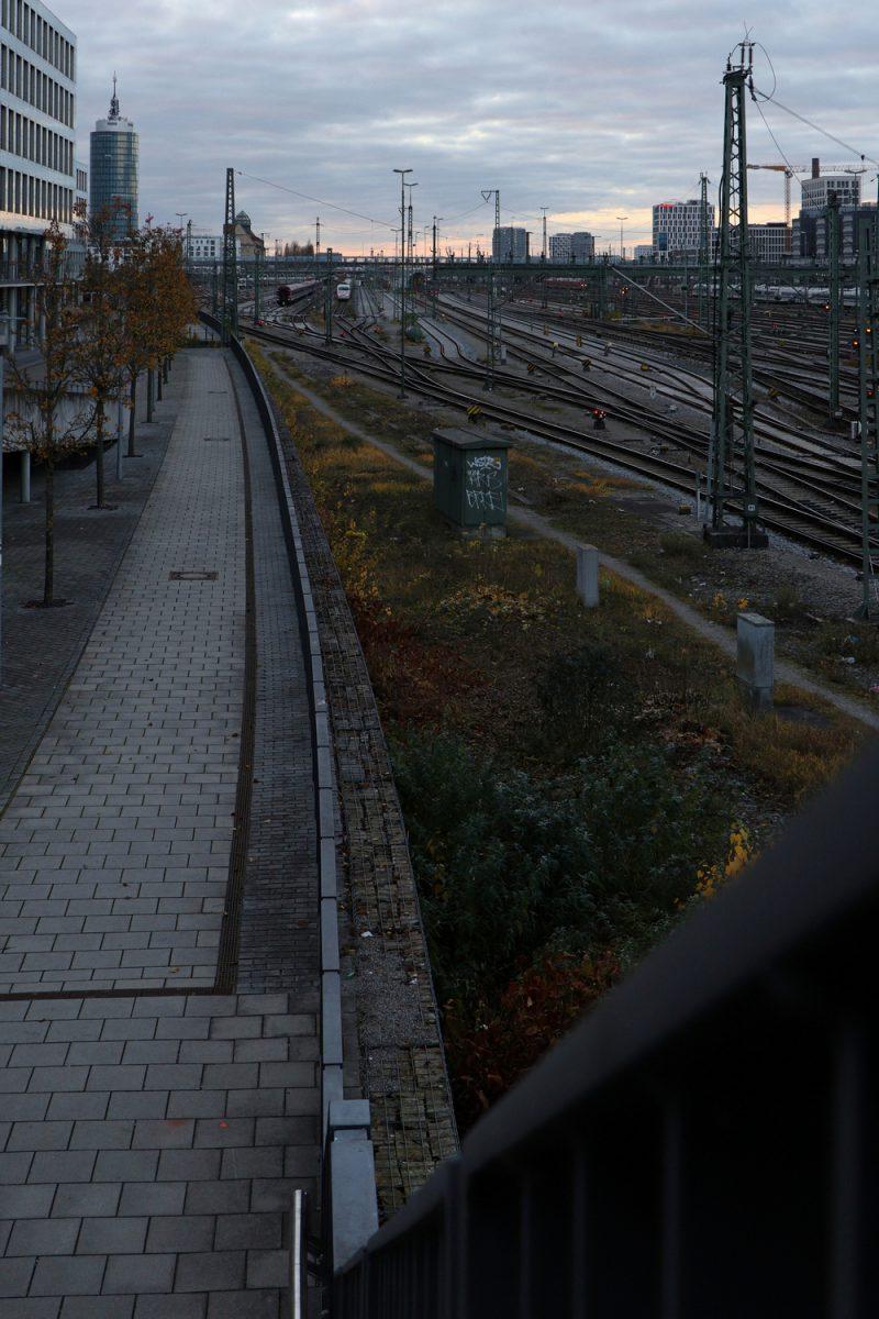 München Blick auf die Gleisanlage zwischen Hackerbrücke und Donnersbergerbrücke