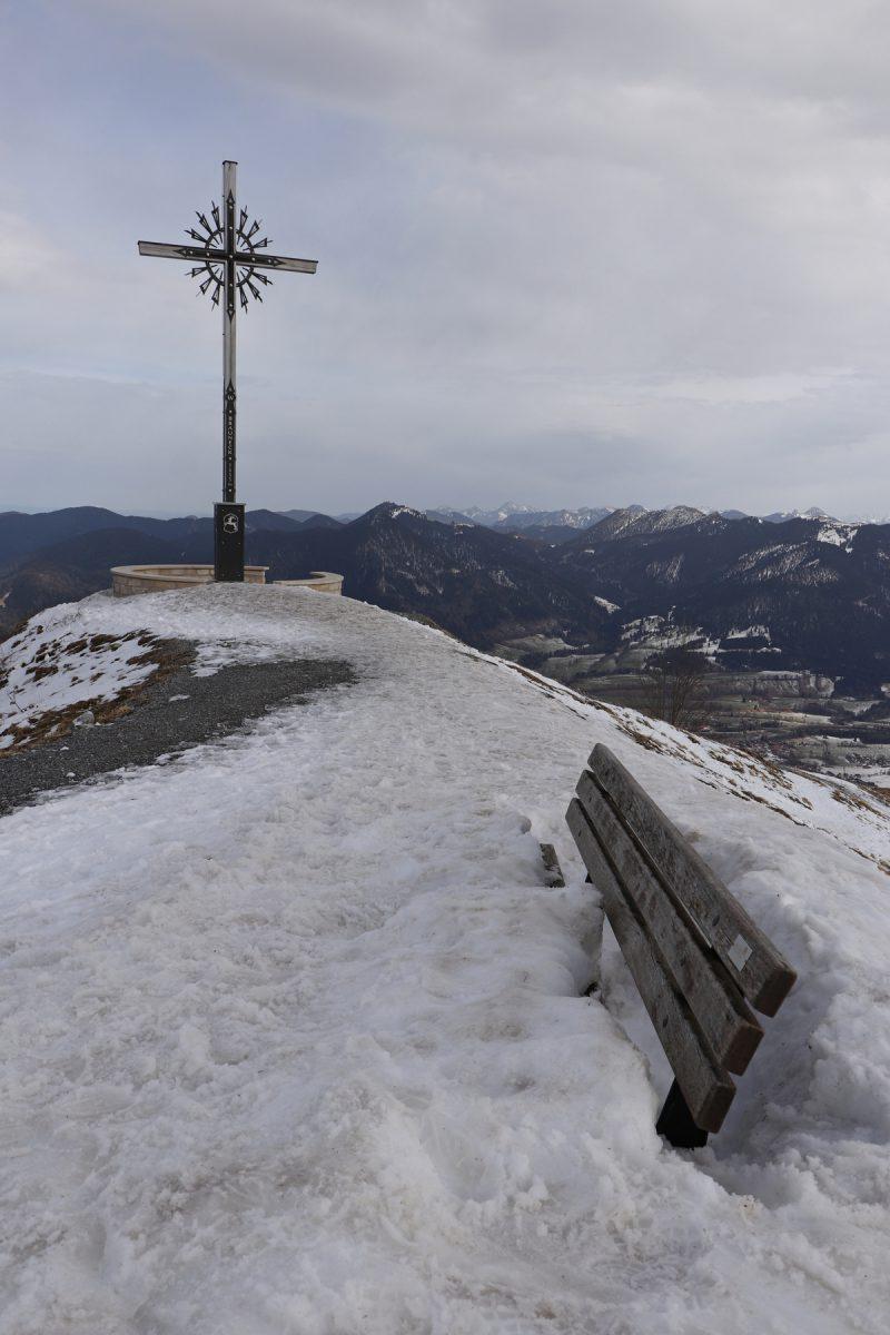Gipfelkreuz auf dem Brauneck Lenggries