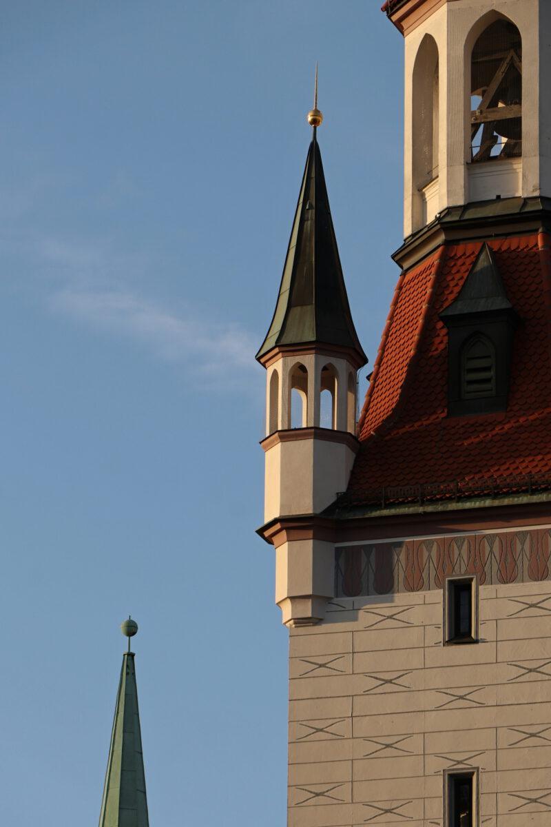 Altes Rathaus Turm in der Abendsonne in München