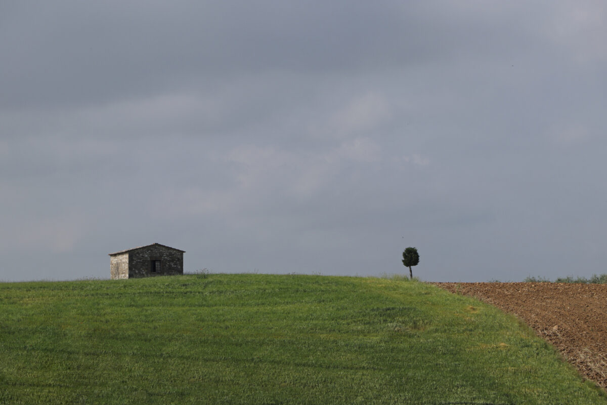 Hütte in der Landschaft in der Toskana