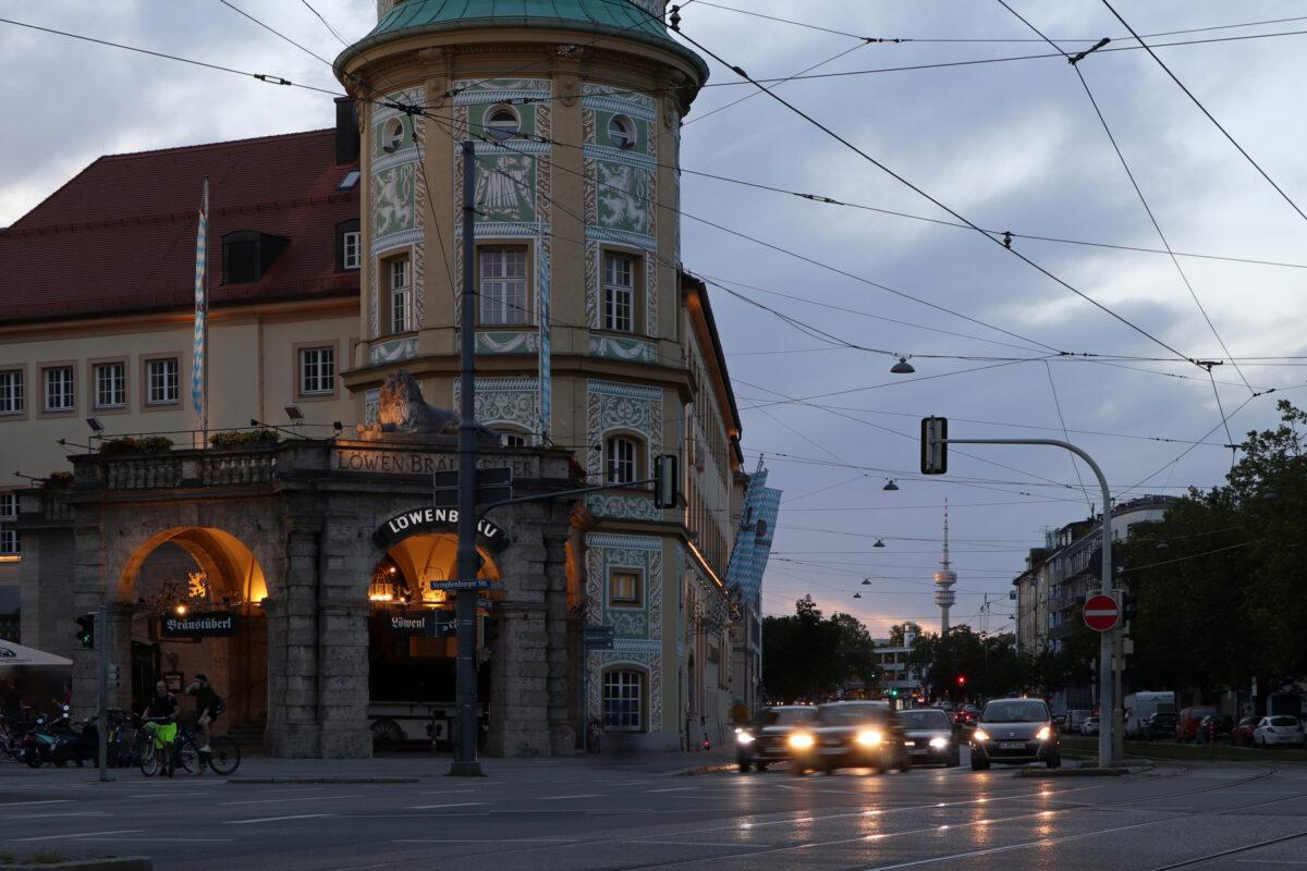 Abendstimmung am Stiglmaierplatz in München