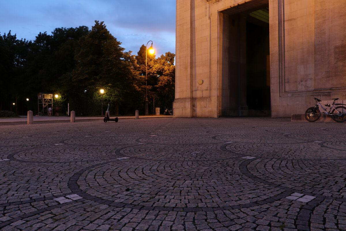 Blaue Stunde am Königsplatz in München