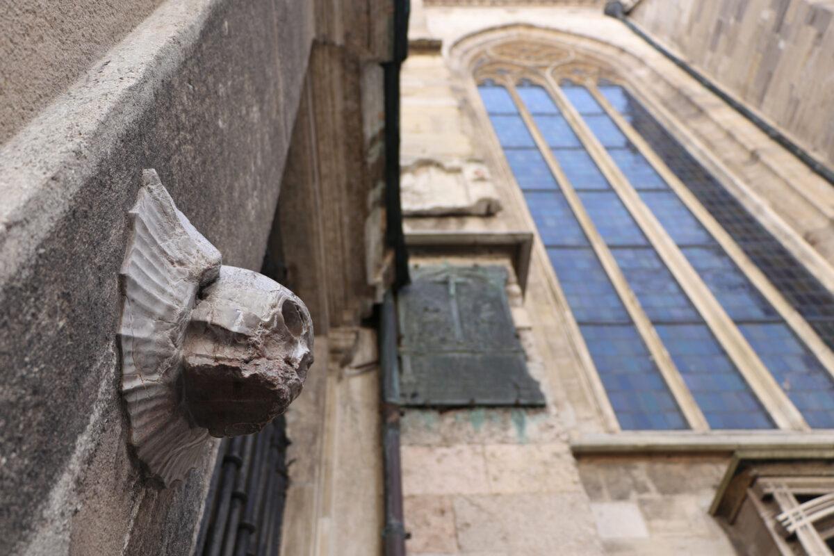 Details an der Fassade des Stephansdoms in Wien
