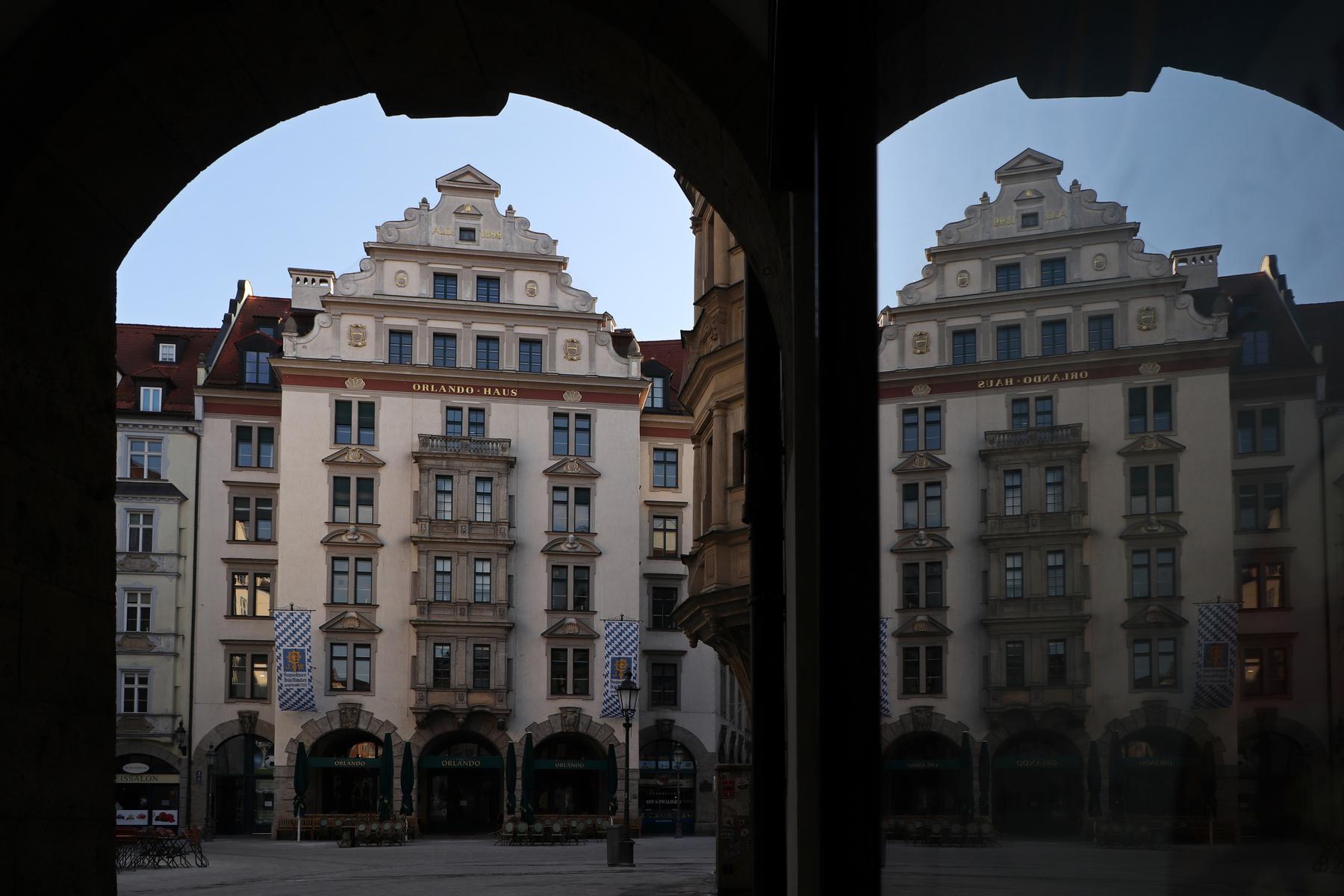 Morgens am Platzl in München